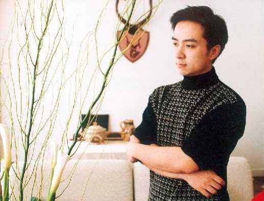 金锋:上海滩著名配音演员